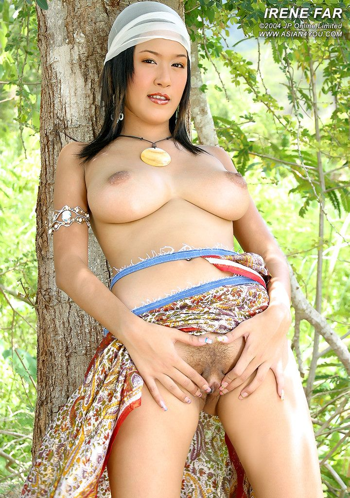 gipsy woman big tits and nude pic