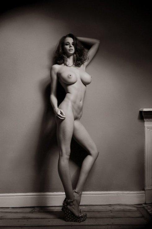kartini-na-eroticheskie-syuzheti